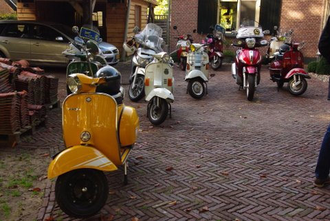 Vespa Club Gelderland foto