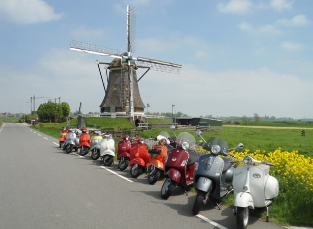 Vespa Club Noord-Holland foto
